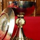 Calice et patène ; conception Dom Paul Le Corre ; réalisation La Croix